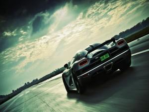Koenigsegg Agera en la carretera