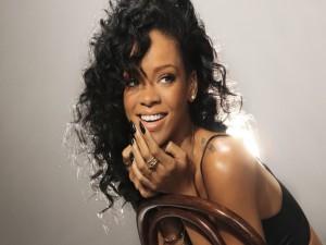 La bonita sonrisa de Rihanna