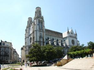 Iglesia Santo Santiago (Pau,  Francia)