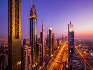 Bonito amanecer en Dubai