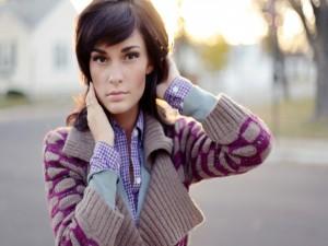 Chica con una bonita chaqueta