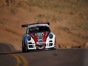 Porsche Race en una carretera