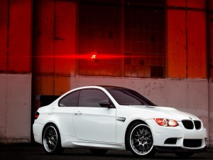 BMW M3 E92 de color blanco