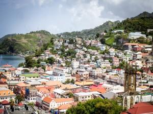 Vista de Saint George (Granada,  Antillas Menores)