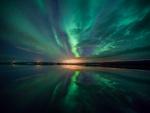 Aurora sobre el lago