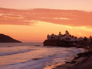Hermoso amanecer en Mazatlán (México)