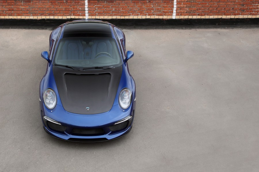 Porsche Carrera de color azul
