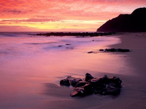 Marea baja al amanecer