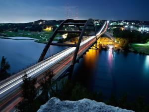 El puente Pennybacker en Austin (Texas, Estados Unidos)