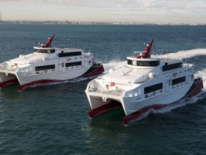 Dos espléndidos catamaranes