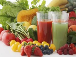 Jugos de frutas y vegetales frescos