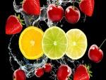 Frutas en el agua