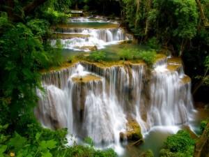 Impresionantes cascadas  en Tailandia