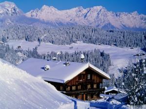 Casas bajo una capa de nieve