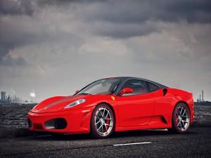 Ferrari F430 de color rojo