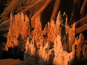 Sol iluminando las rocas del Parque Nacional Bryce