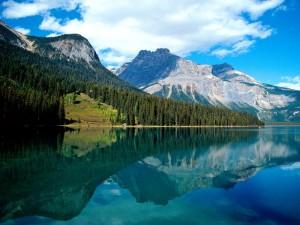 Lago Emerald (Parque Nacional Yoho, Canadá)
