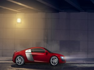 Audi R8 con las luces encendidas