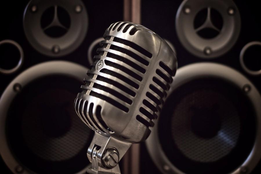 Micrófono y bafles