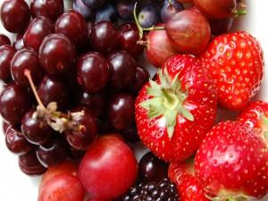 Frutas rojas frescas