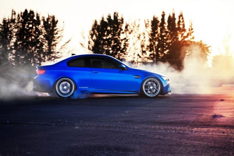 BMW M3 echando humo