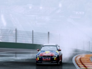 BMW en un circuito
