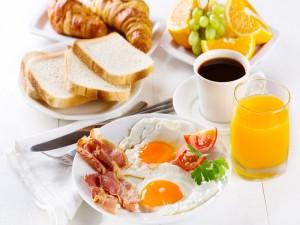 Exquisito y completo desayuno