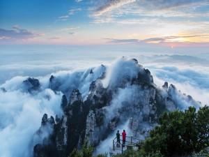 Filmando las inmensas montañas en el condado de Taiyuan (China)
