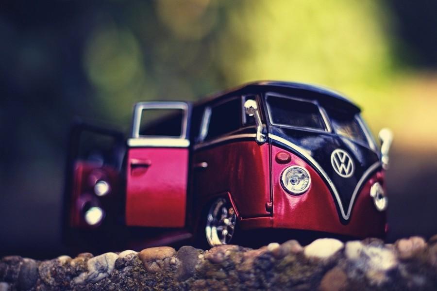 Una furgoneta Volkswagen