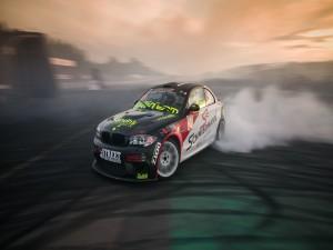 BMW practicando drifting