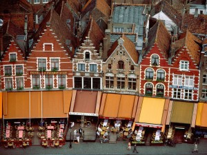 Edificios y restaurantes de Brujas (Bélgica)