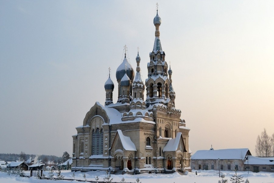Templo en invierno