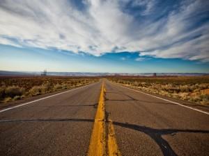 Carretera hacia las montañas