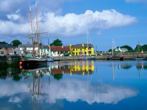 Barcos en la Bahía de Galway (Irlanda)