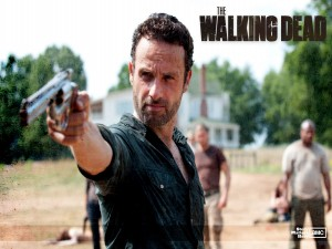 Rick apuntando con la pistola (The Walking Dead)