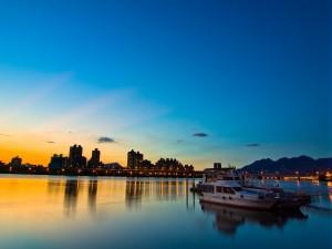 Ciudad vista al amanecer