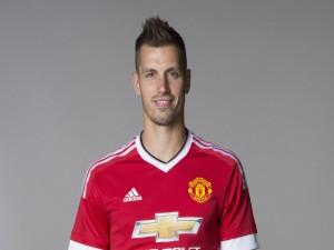 Morgan Schneiderlin con la camiseta del Manchester United