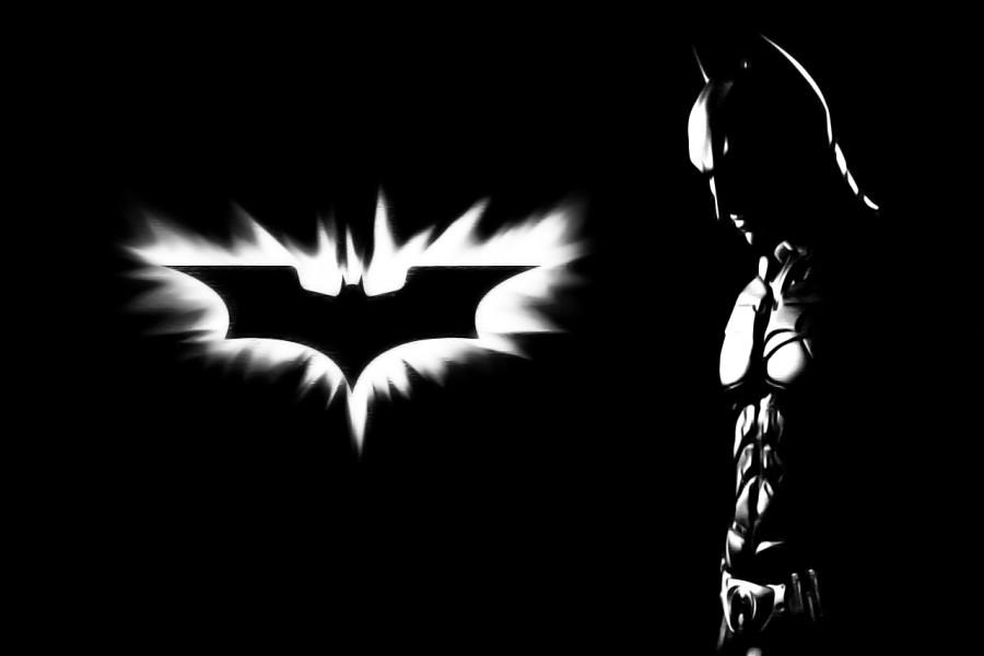 Batman junto al logo