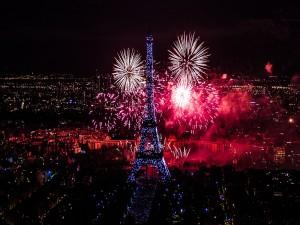 Fuegos Artificiales en París