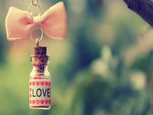 Pequeño frasco lleno de amor