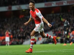 Jugador del Arsenal tras meter un gol