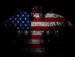 Águila con la bandera americana