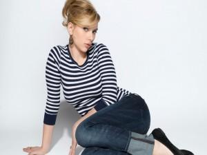 Scarlett Johansson con el pelo recogido