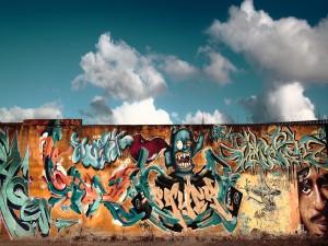 Graffitis en el muro