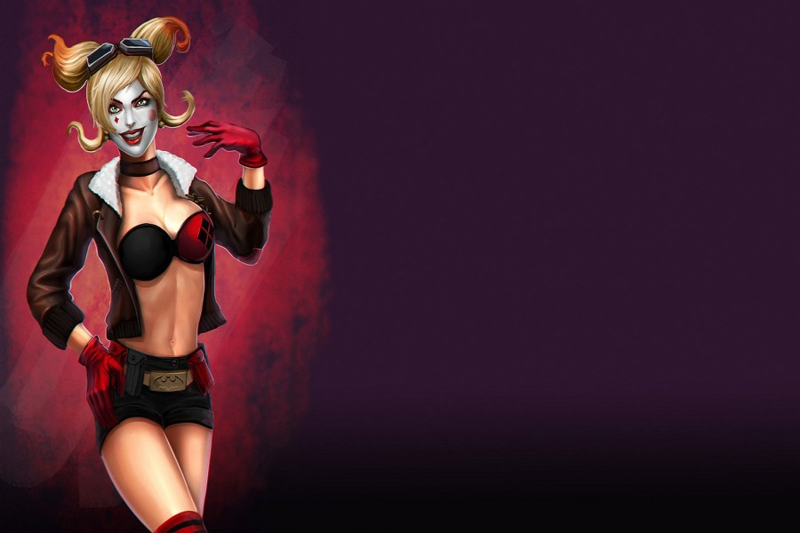 Harley Quinn con un cinturón de Batman
