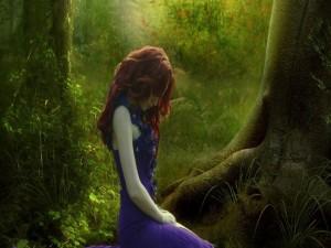 Sola en el bosque
