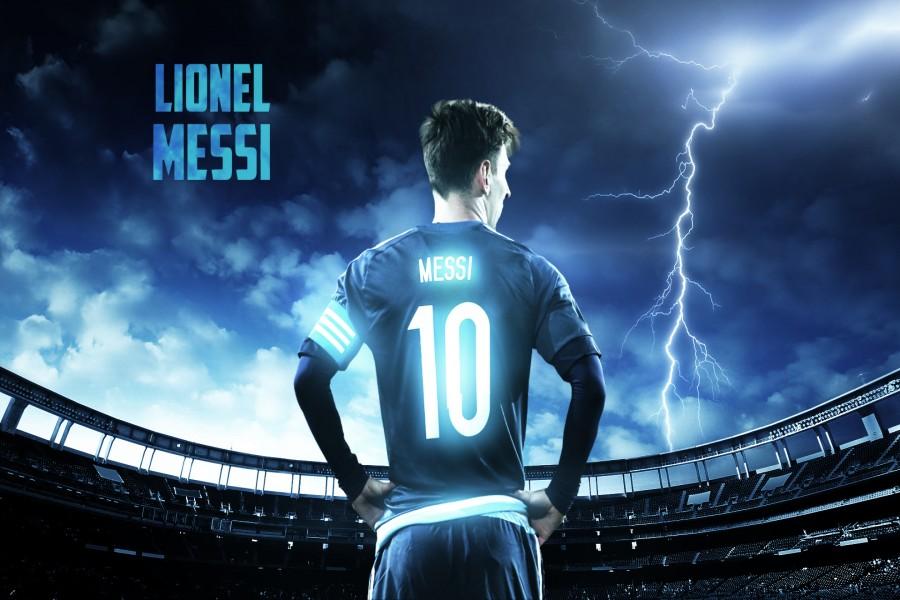 Lionel Messi mostrando el 10 de Argentina