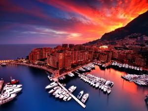 Hermoso amanecer en Monaco