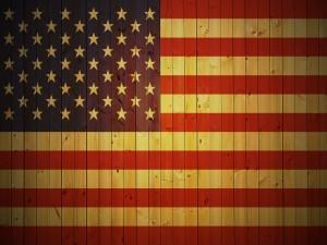 Bandera estadounidense en la madera