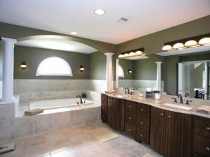 Magnífico baño con dos lavabos